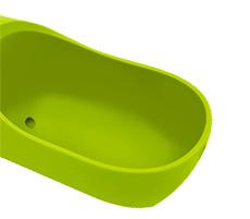 PETKIT EVERSWEET Travel 寵物戶外飲水器的弧形水槽設計